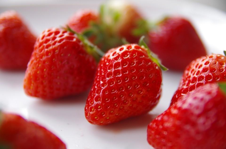 strawberry-837335_960_720